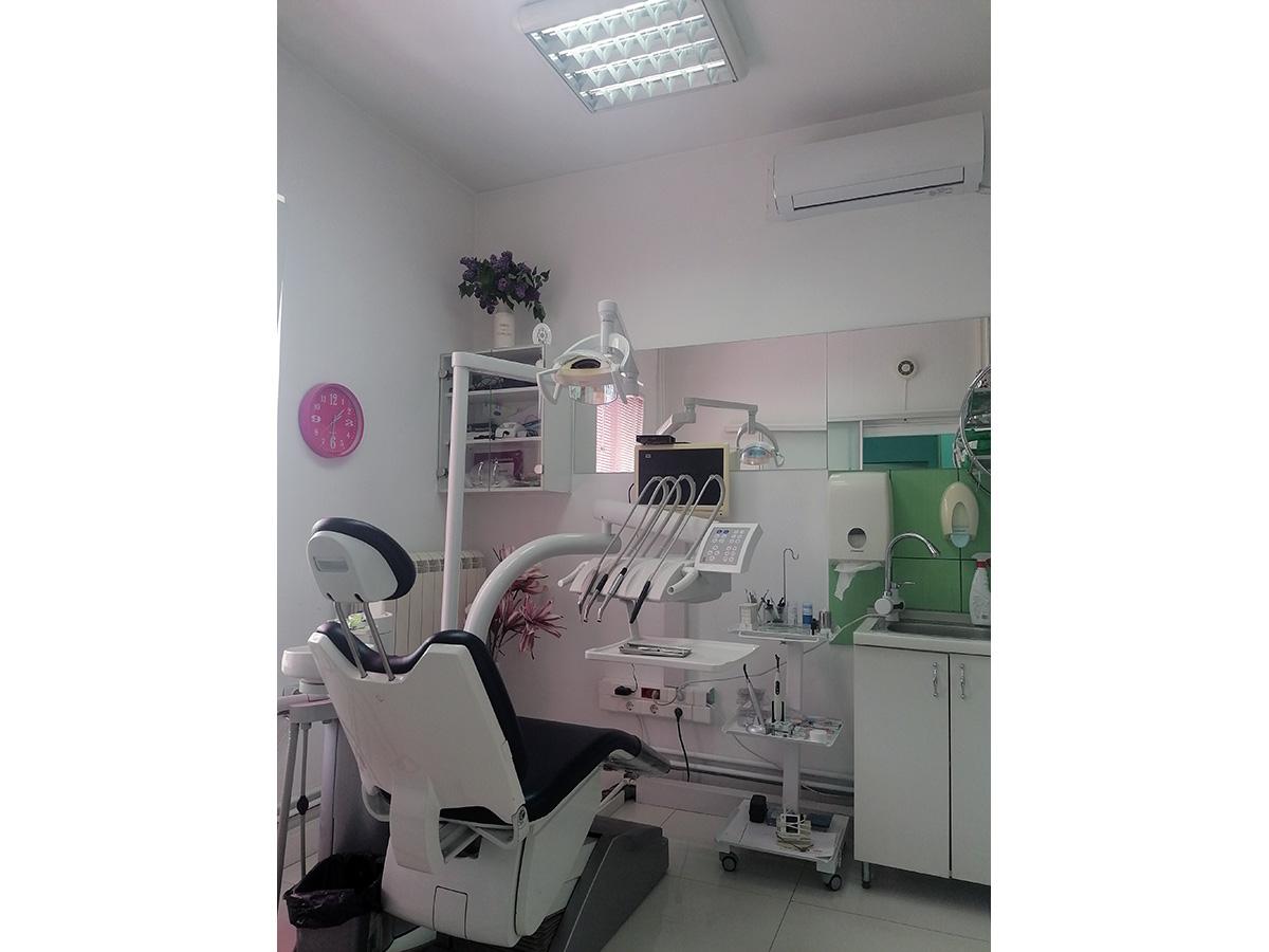 Кокосово уље за избјељивање зуба